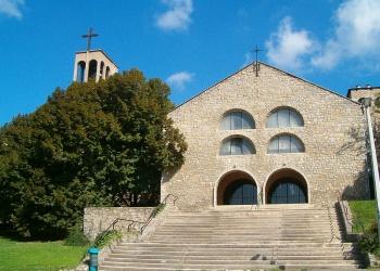 A pécsi pálos templom (Forrás: wikipedia)