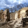 Kurityán A templomhajó és szentély romjai