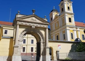 Márianosztra, pálos kolostor és templom mai napig a pálosok kezelésében