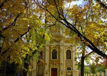 A sajóládi volt pálos templom ősszel (Fotó: Vitéz Gábor Miklós)