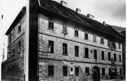A Kammerhof (Táncsics Mihály utca 9.) 1944-ben (Fotó: wikipedia.org)